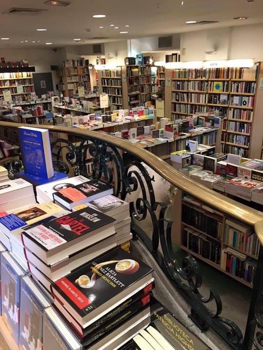 7 librer as que no puedes dejar de visitar en madrid - Librerias a medida en madrid ...