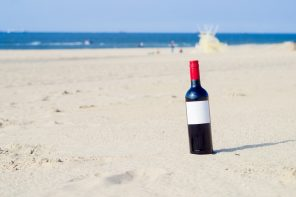 Diez vinos de verano para llevarte a la playa
